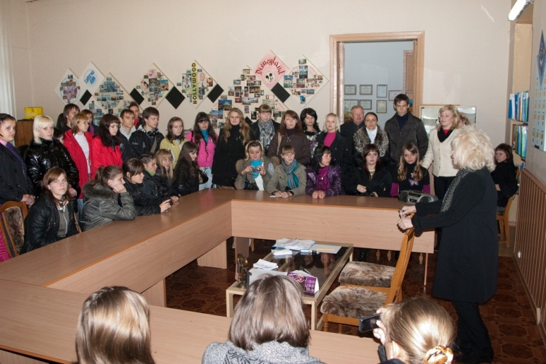 Teachers of the Department are conducting a tour of the university for students of Pavlograd technical school
